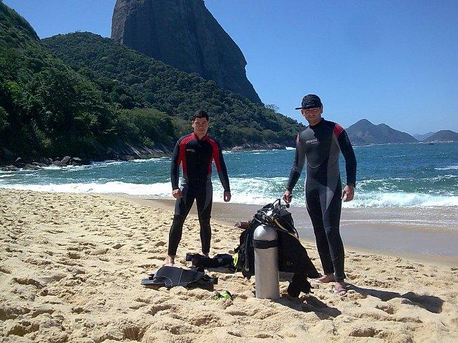 Buceo en playa Vermelha de Río de Janeiro