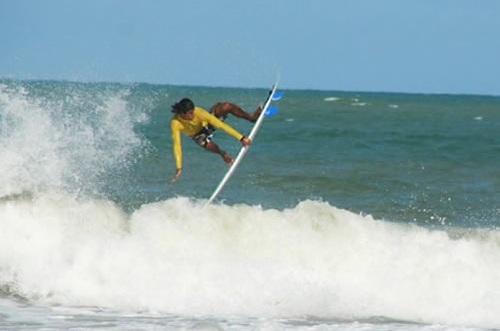 Práctica de Surf en Pipa