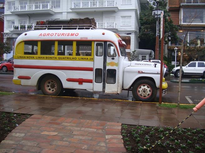 Autobuses en Gramado