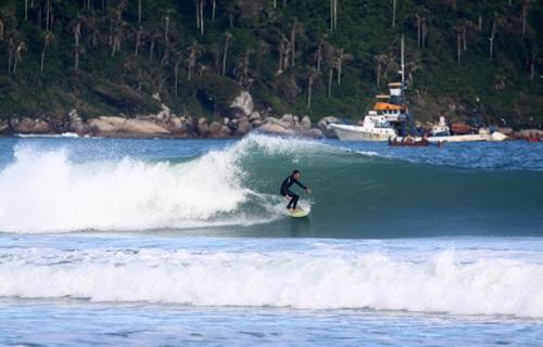 Surf en Playa Campeche