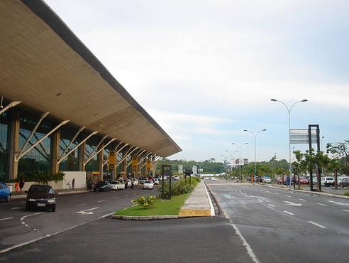 Llegar en avión a Belém: Aeropuerto de Val-de-Cans