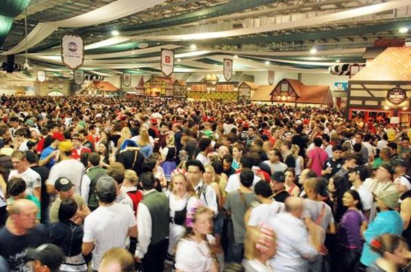 Seguridad en la Oktoberfest de Blumenau