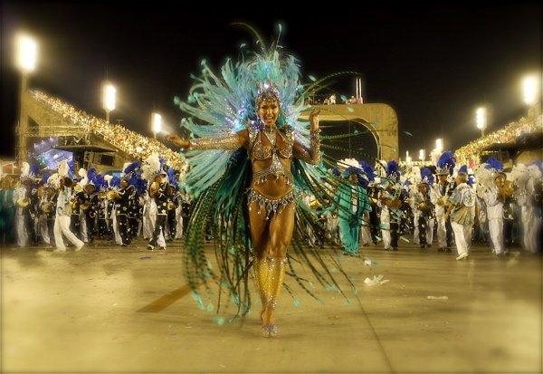 Bailarina en el Carnaval de Rio