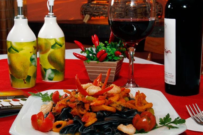 Cantina Massaiola en Bombas y Bombinhas