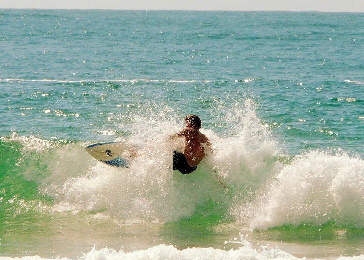 Surf en Bombas y Bombinhas