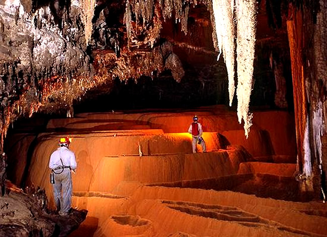 Regiones de cavernas para el espeleoturismo en Brasil