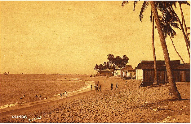 Foto antigua de la costa de Olinda