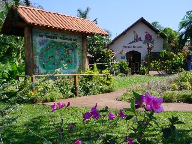 Resultado de imagen para parque das aves foz do iguaçu familia fundadora