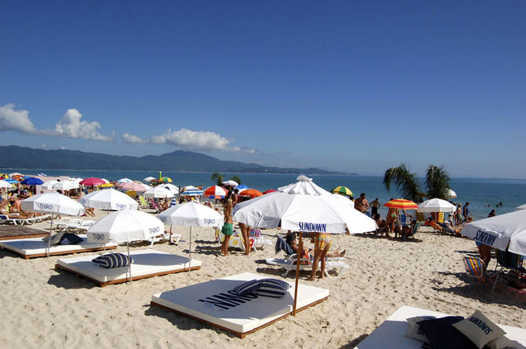 Playas en el norte de Florianópolis: Jurere Internacional