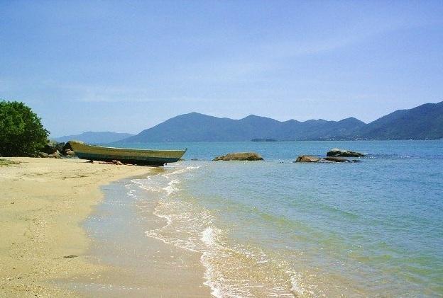 Playas Nudistas de Brasil: Pedras Altas