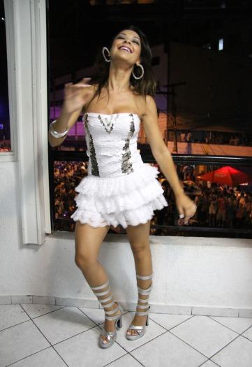 Cómo bailar la samba brasilera