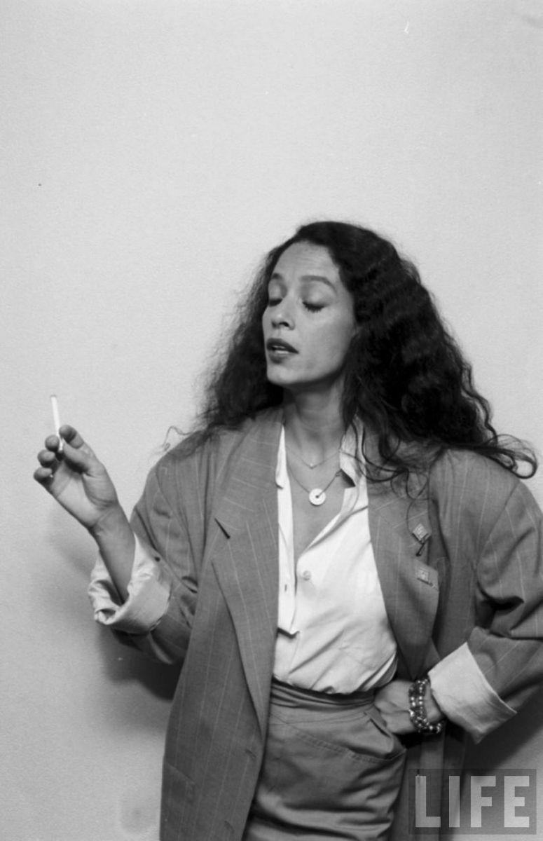 Sonia Braga en Revista Life
