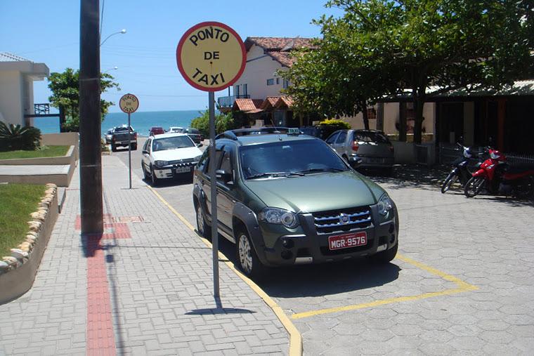 Taxis en Bombas y Bombinhas